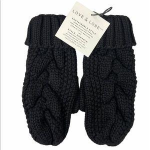 2/$20 🛍️ Love & Lore Black Eco Cable Knit Mitten